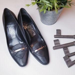 Vintage Salvatore Ferragamo heeled loafers